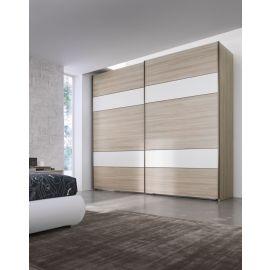 Garderobekast met schuifdeuren in houtfineer en horizontale banen in wit